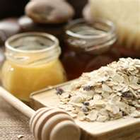 """Oatmeal masks for natural skin care"""