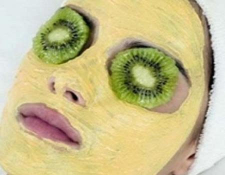 lemon face mask 279f7435-d2c8-4ab1-9aa9-dbf15db13cad