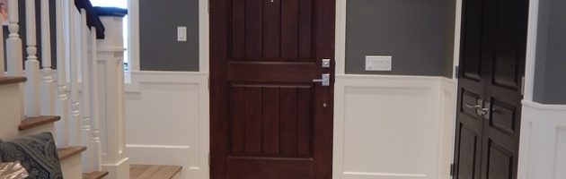 recycled wood doors foyer-902404_640