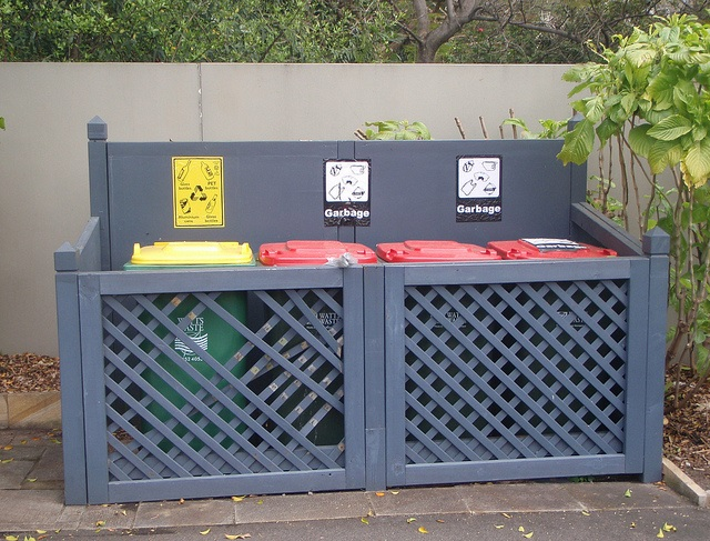 Recyling bins for business 6111308446_2ae3d05a8f_z