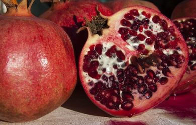 pomegranate-74928_640
